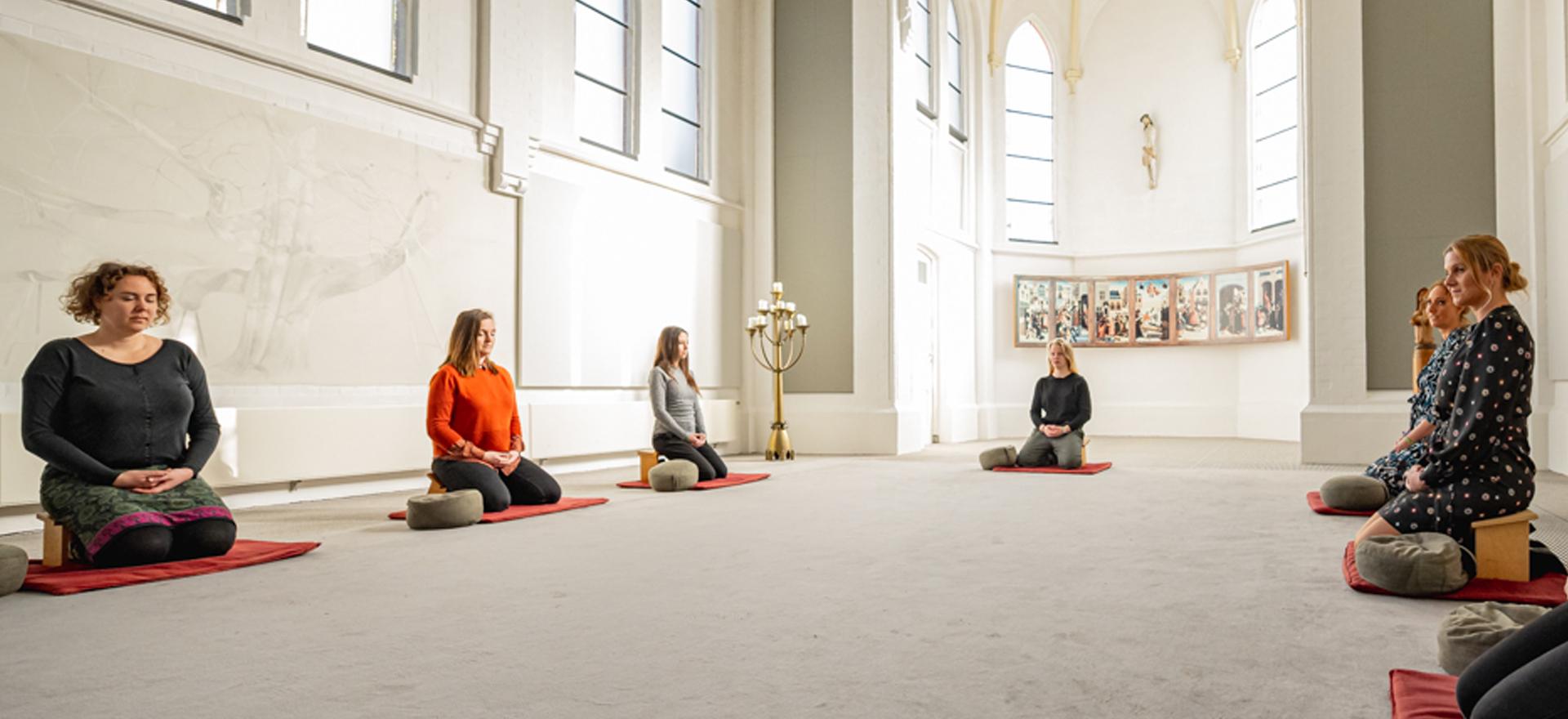 Kloosterhotel ZIN - meditatie kapel stilte(880)Lotte