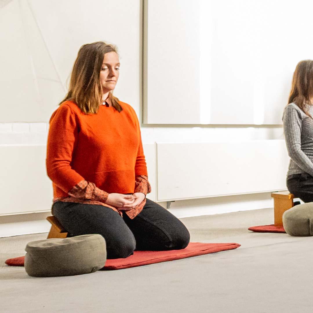 Meditatie Nicole Claudia zoom in Kapel rustig tot rust
