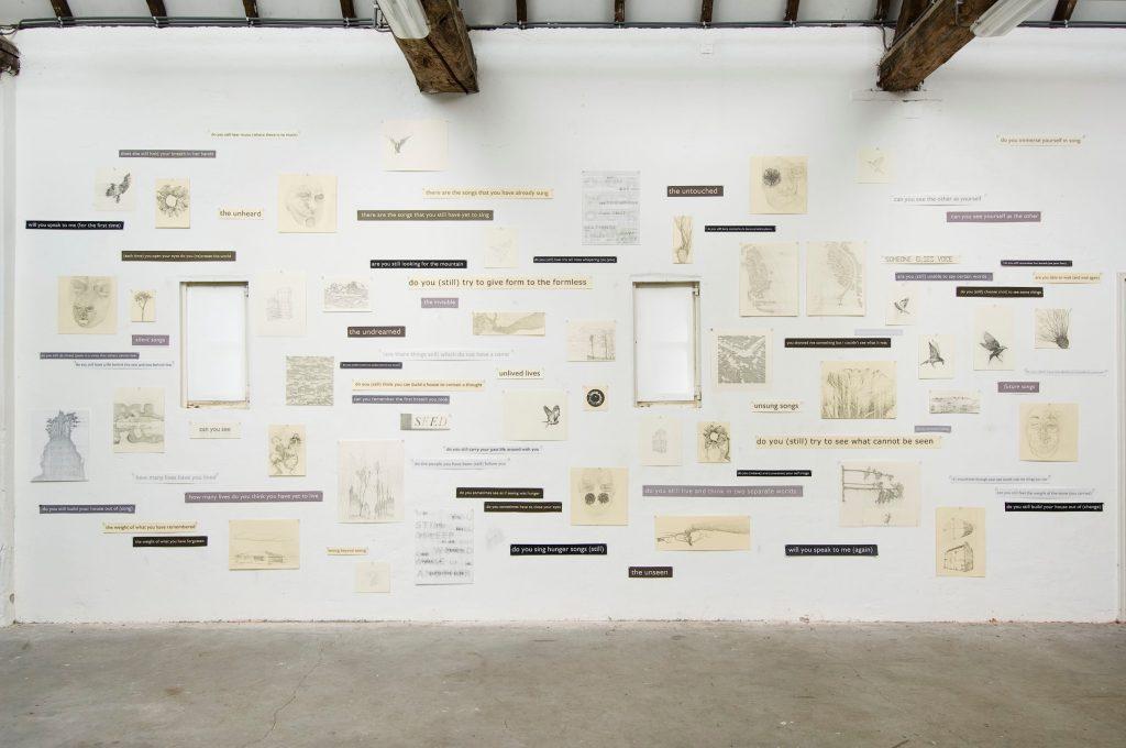 Simon Benson Atelier muur ZIN in Kunst