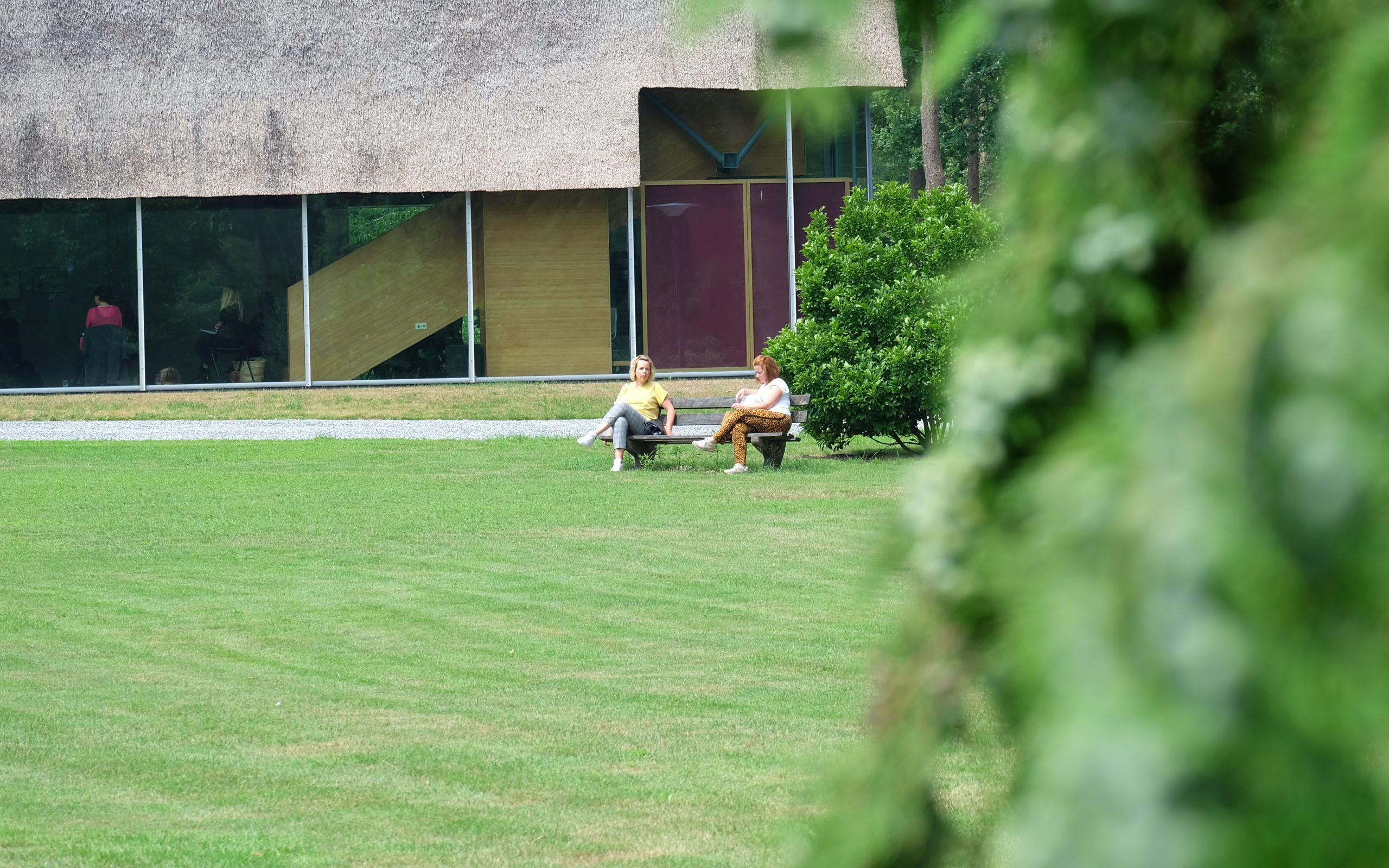 ACT Onderwijs Kloosterhotel ZIN gevoel samen buiten contact rust groen